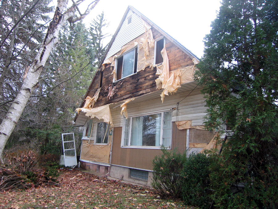 Vinyl Siding On Fire Linseed Oil Paint Case Study